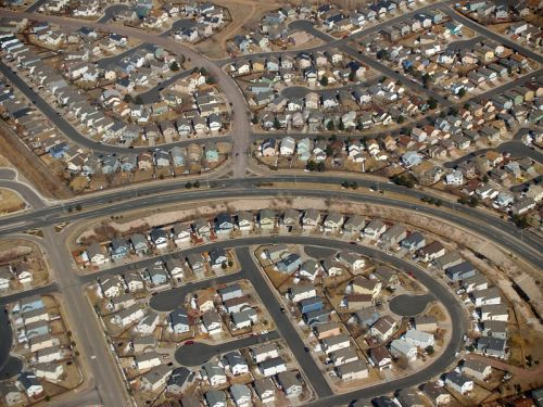 800px-suburbia_by_david_shankbone