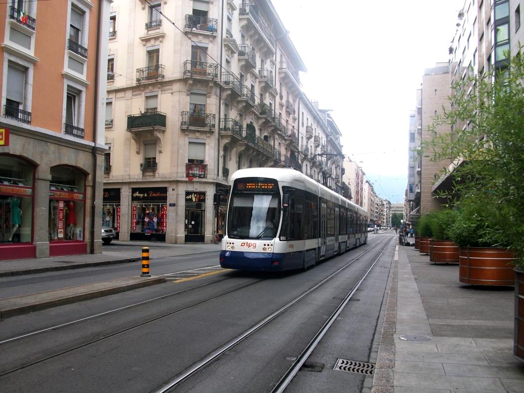 Bombardier_Flexity_Outlook_Cityrunner_n°890_-_ligne_12_Genève