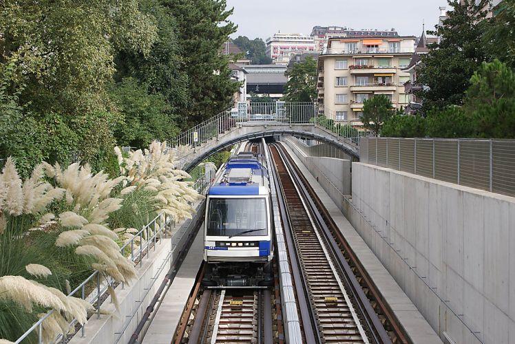 1200px-Metro_M2_Lausanne