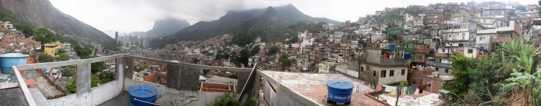 es2006_faveladarocinha