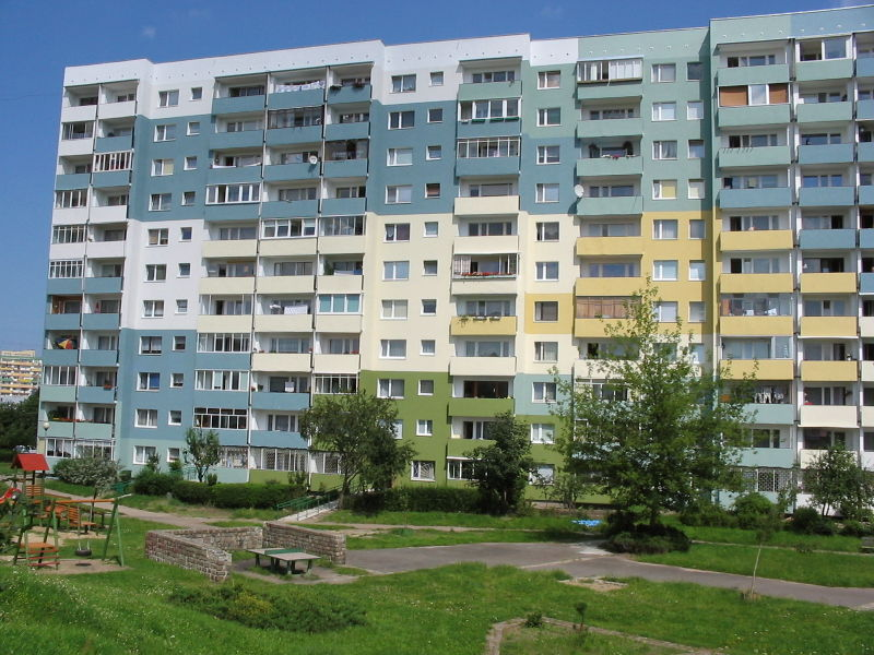 800px-2005_08_05_gdansk_00