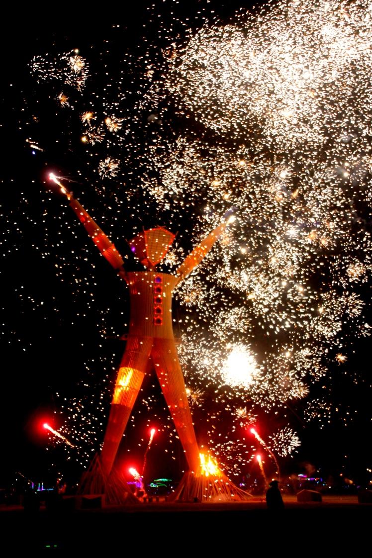 Burning_Man_2014-_Caravansary_(14953474679)