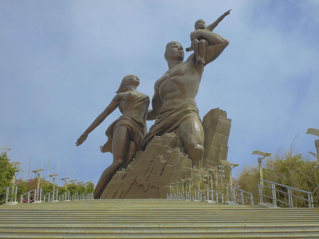 1024px-monument_de_la_renaissance_africaine
