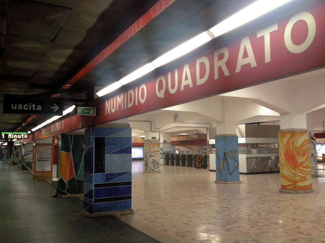 1280px-rome_metro_line_a_-_numidio_quadrato